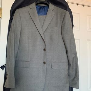 Brooks Brothers Gray Suit 40 Short